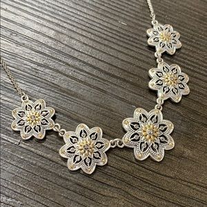 Lucky brand reversible silver flower necklace